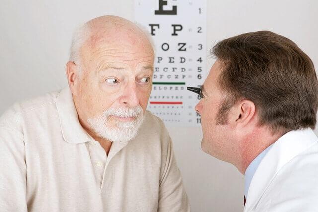 Látás helyreállítása idős embereknél, www.nelegybeteg.hu - Zsoldos Bence weblapja
